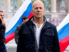 Влюбленный по уши Брюс Уиллис хотел навсегда увезти Тину Канделаки из России, но она отказалась