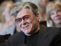 Збруева обвинили в черствости из-за отказа посещать бывшую ослепшую супругу в доме престарелых