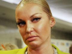 Обманутая Волочкова устроила показательную истерику в зале суда, но ее слезам никто не поверил
