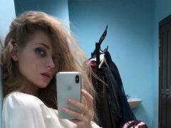 Фанаты умоляют беспечного Гарика Харламова остановить все больше оголяющуюся Кристину Асмус