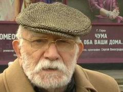 """Еле волочащего ноги Джигарханяна убрали и тайно вывезли из Москвы после всего одного звонка """"сверху"""""""