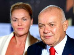 «Сколотите состояние и наслаждайтесь»: жена Киселева заявила о пользе пенсионной реформы