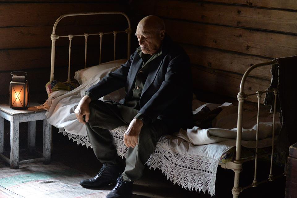 """""""Вот если бы он в больницу попал"""": жена Этуша возмущена отсутствием внимания к народному артисту"""