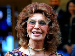 Несравненная бабушка: фотографии 83-летней Софи Лорен произвели потрясающее впечатление в сети