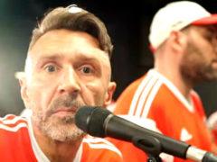 Много мата и восторга: Слепаков и Шнуров записали сногсшибательный хит в поддержку сборной России