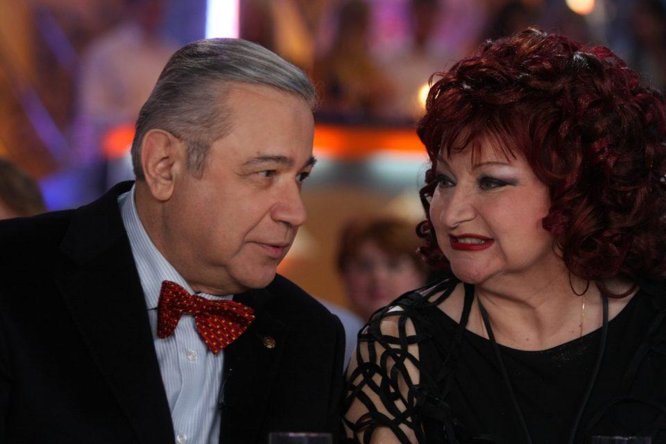 Евгений Петросян на всю страну показал видео с похудевшей до неузнаваемости Еленой Степаненко