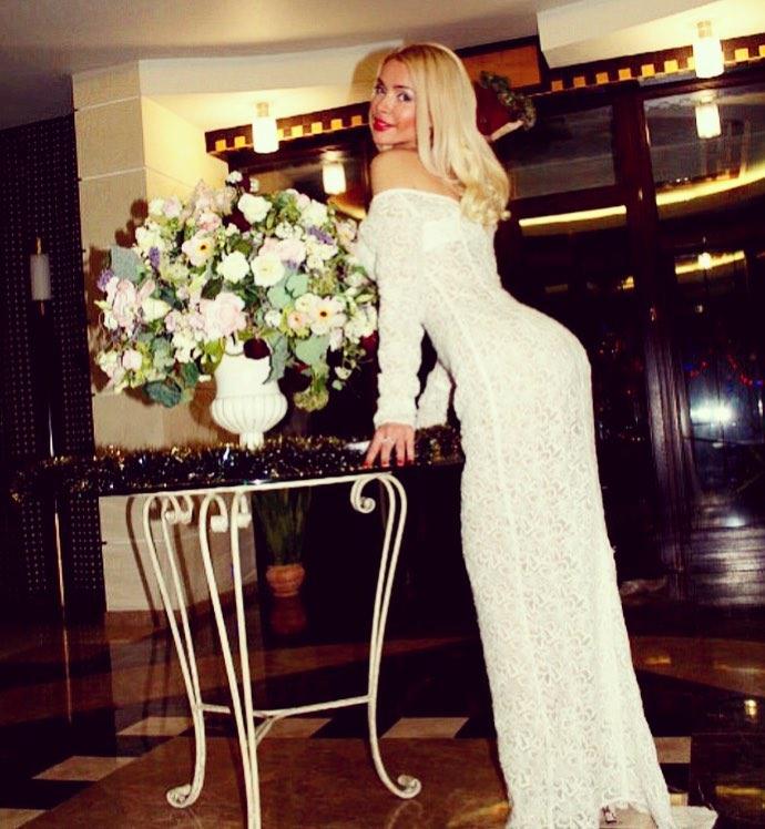 Алена Кравец посмеялась над «охотницами», которые лезут на Рублевку, чтобы «подцепить» олигарха