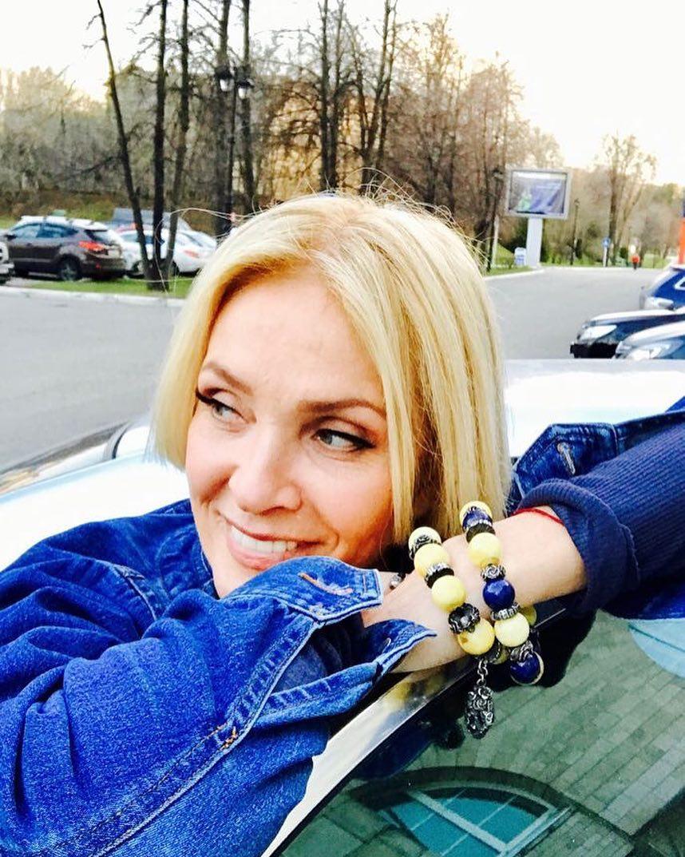 """64-летняя Лайма Вайкуле откровенно рассказала о страсти к молодому """"другу и прекрасному партнеру"""""""