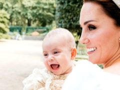 Маленький принц Луи тронул сердца интернет-пользователей своей очаровательной солнечной улыбкой