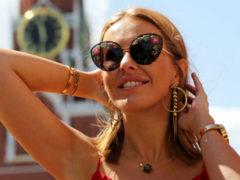 Ксения Собчак показала крупным планом роскошный перстень по цене элитной квартиры в центре столицы