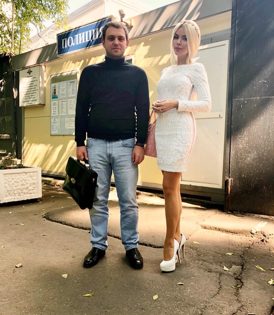 «Кружится голова, рвет, мутит, теряю сознание»: состояние избитой жены миллионера Алены Кравец ухудшилось