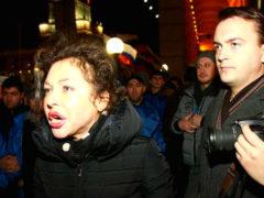 Скандальная журналистка Божена Рынска унизила пассажиров с детьми, которые посмели пройти вне очереди
