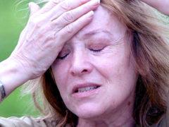 «Перестала говорить и никого не узнает»: свежие фото тяжелобольной Тереховой разрывают сердце