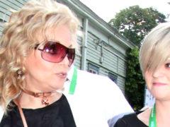 Дочь Ларисы Долиной сильно поправилась и на новых фото выглядит почти ровесницей звездной мамы