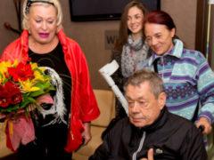 Российские онкологи сотворили чудо и спасли жизнь Николаю Караченцову с помощью сеансов химиотерапии