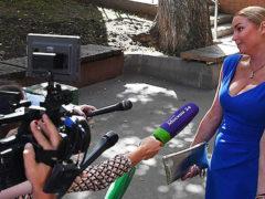 Волочкова в обтягивающем платье не смогла сдержать бурной радости во время оглашения приговора в суде