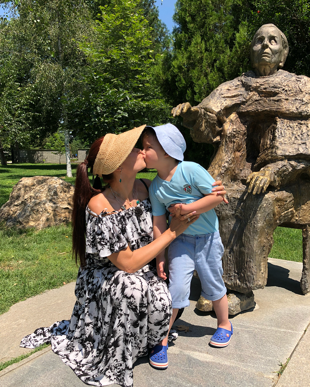 «Если не сейчас, то когда?»: Эвелина Бледанс решила пройти процедуру ЭКО, чтобы снова стать матерью