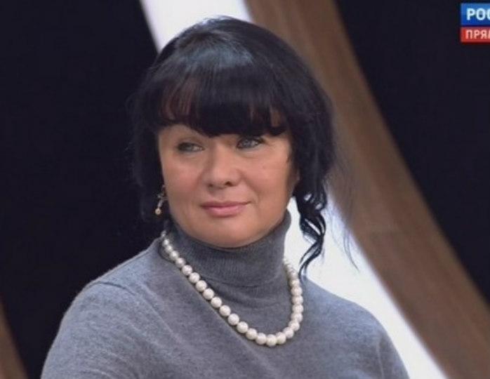 Элина Мазур подвинет Андрея Малахова, выпустив в эфир новое шоу с участием звезд шоу-бизнеса