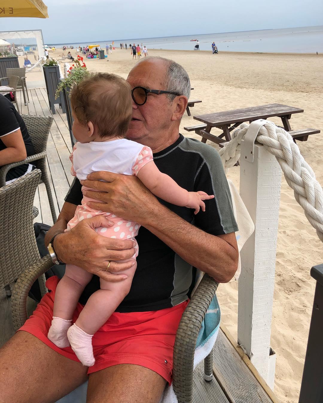 Новое видео Эммануила Виторгана на прогулке с маленькой дочерью наделало много шуму в сети