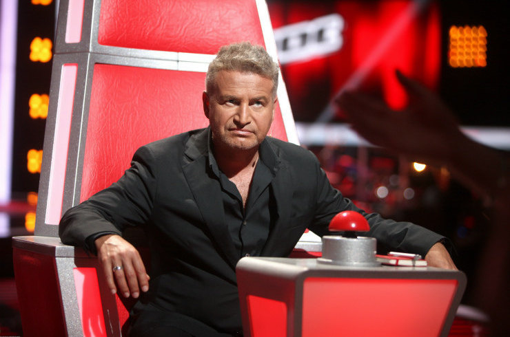 Скандал на шоу «Голос 60+»: Агутин наплевал на правила, взяв в команду 83-летнего отца, а после старого друга