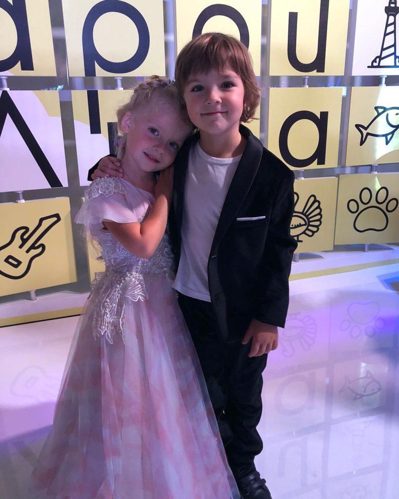 Младшие дети Пугачевой близнецы Гарри и Лиза Галкины получили в свой день рождения необычный подарок