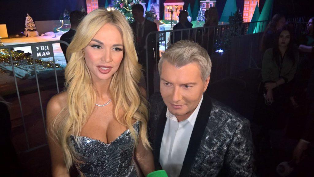 Невесту Николая Баскова поздравляют с беременностью: модель уже не может скрыть округлившийся живот