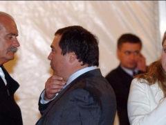 Семейный бизнес трещит по швам: члены клана Михалковых ликвидируют свое дело по причине банкротства