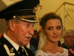 Молодая жена Краско подралась с его новой любовницей, которая готова хоть сейчас родить от 87-летнего актера