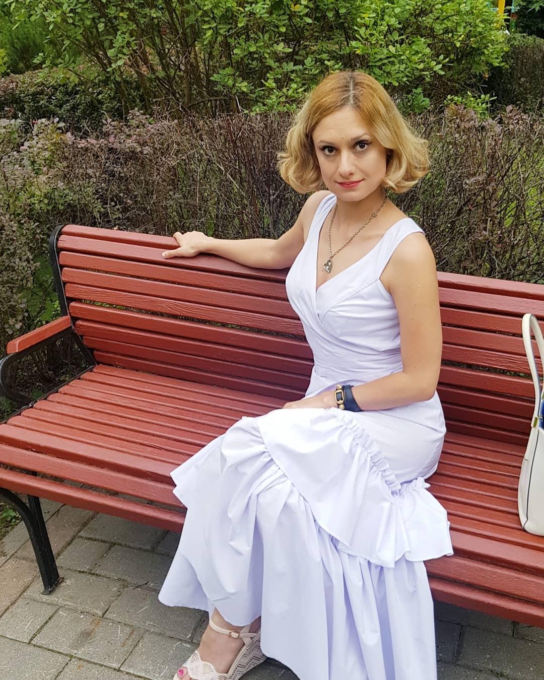 Конфликт отразился на здоровье: Карина Мишулина резко похудела из-за бесконечной распри с Еремеевым