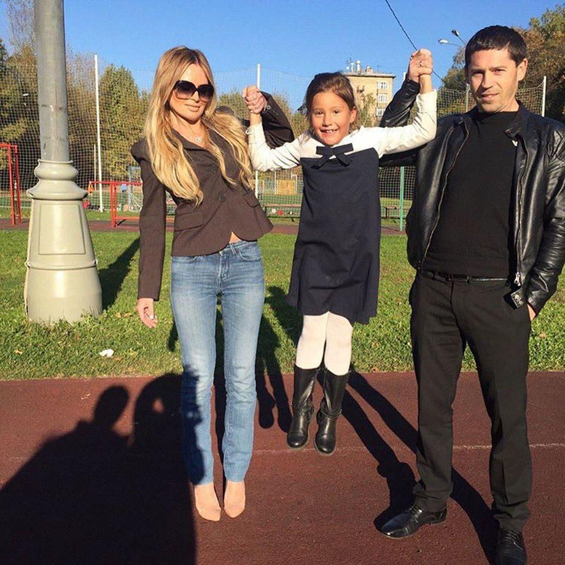 Пустила жизнь под откос: оставшись без поддержки мужа Дана Борисова начала пить и взялась за наркотики