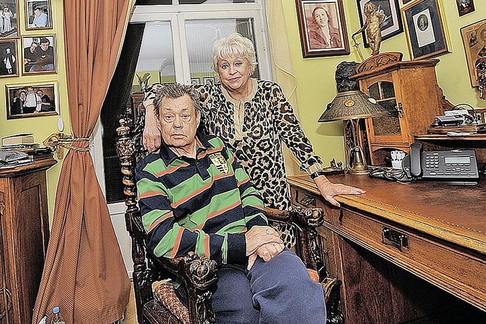 Предполагаемая любовница Николая Караченцова впервые встретилась с его женой и попросила прощения