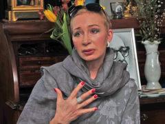 Деньги решают все: актриса Татьяна Васильева заплатила бывшей невестке за возможность общаться с внуками