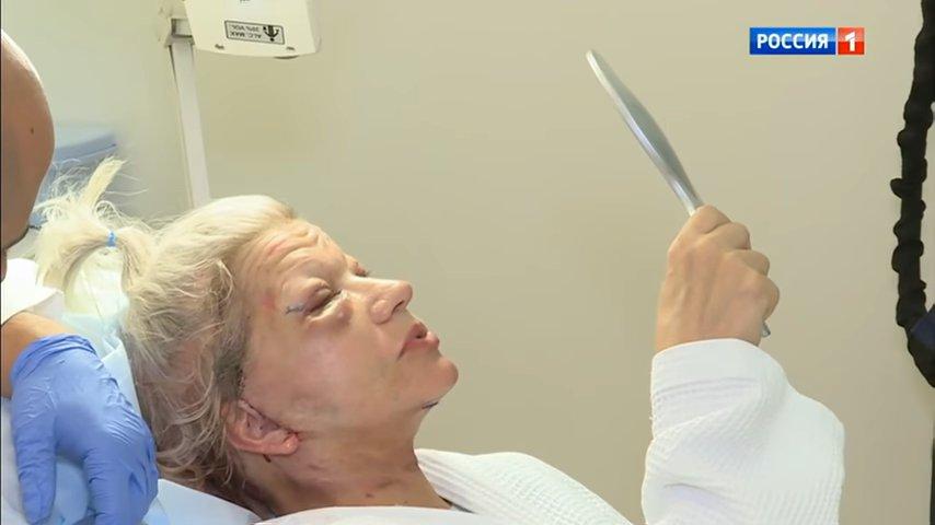 Гоген Солнцев избил престарелую супругу после пластической операции на глазах у изумленной публики