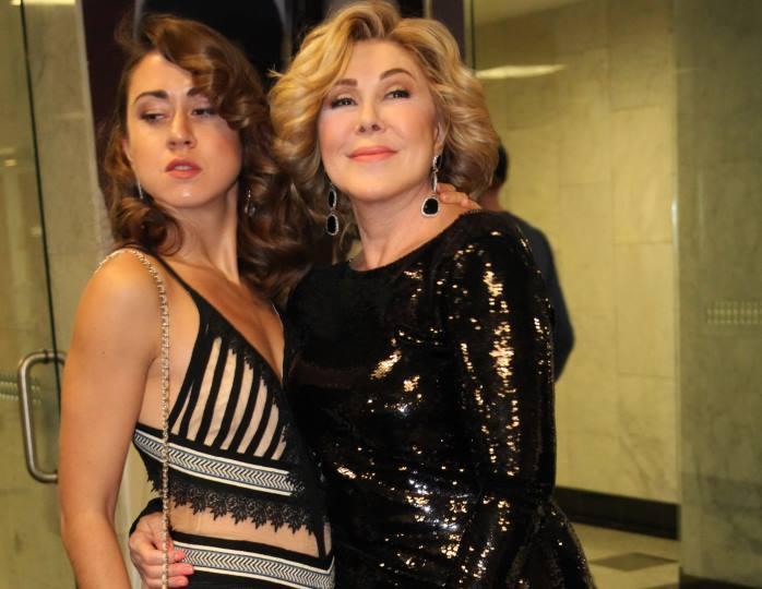 Горе в семье Любови Успенской: певица показала на видео тяжелые травмы, которые получила ее дочь