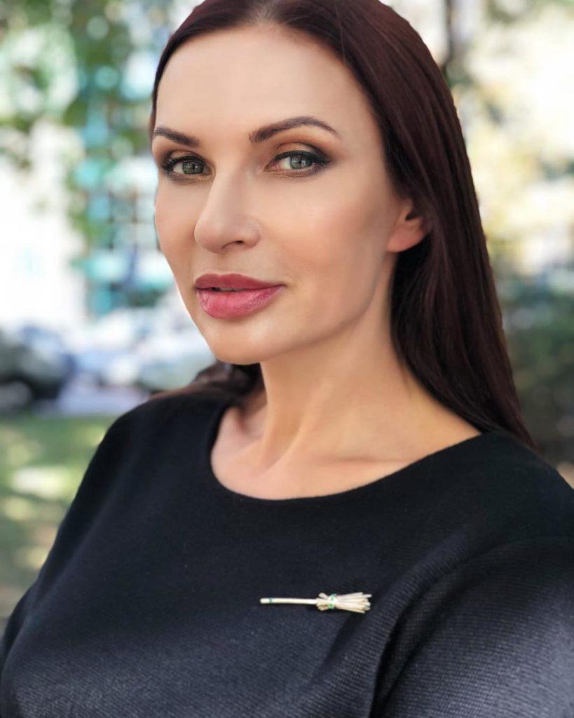 Эвелина Бледанс боится за здоровье своего ребенка: беременная актриса попала в больницу с нервным истощением
