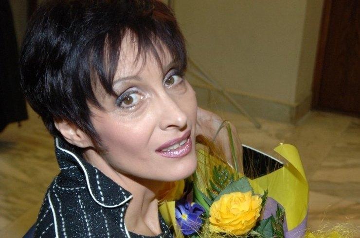Стала резко терять вес: Светлана Рожкова впервые озвучила диагноз и рассказала о неизлечимой болезни