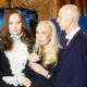 Вдова Кобзона устроила веселую вечеринку в память о муже в одном из дорогих столичных ресторанов