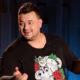После больницы Сергей Жуков сделал пластическую операцию и обвинил жену в измене с незнакомцем