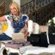 Одинокая женщина с пикантными игрушками: циничная Анастасия Волочкова опозорилась в траурные дни