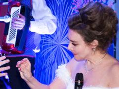 Свадьба с изюминкой: Божена Рынска наконец-то узаконила отношения со своим 63-летним возлюбленным