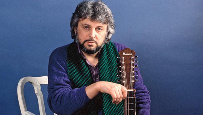 72-летний Вячеслав Добрынин экстренно доставлен в больницу: певец частично парализован после инсульта