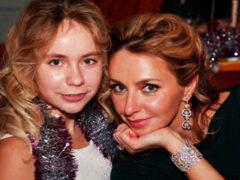 Поклонники в недоумении: подросшая дочь Татьяны Навки удивила переменами во внешности
