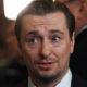 Сергей Безруков в гордом одиночестве отдувался за свою родившую жену на премьере их совместного фильма