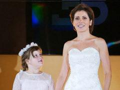 Светлана Зейналова вместе с возлюбленным репетирует свадебный танец перед новорожденной дочкой
