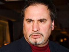 Взбешенный Валерий Меладзе вступился за Альбину Джанабаеву и попросил всех «отвалить от его семьи»