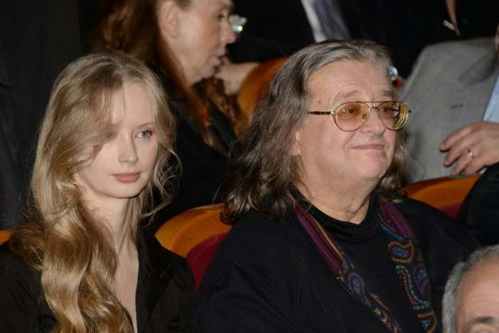 Сына назвали Иваном: известный певец Александр Градский стал отцом в четвертый раз накануне своего 69-летия