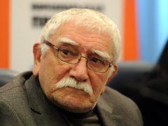 Медики выписали 83-летнего Армена Джигарханяна из больницы, но рекомендовали продолжить лечение