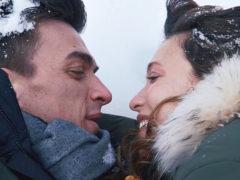 Влад Топалов удивил россиян необычным видео: молодой отец снял в клипе только родившегося сына