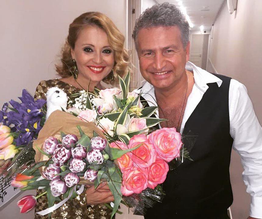 Стало известно о роскошном подарке, который Леонид Агутин подарит своей жене Анжелике Варум на 50-летие
