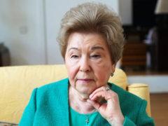 Пенсии хватает, чтобы все оплатить: вдова Бориса Ельцина живет во дворце с кучей прислуги и садовником